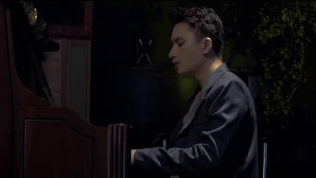 Người Khác (Piano Version)