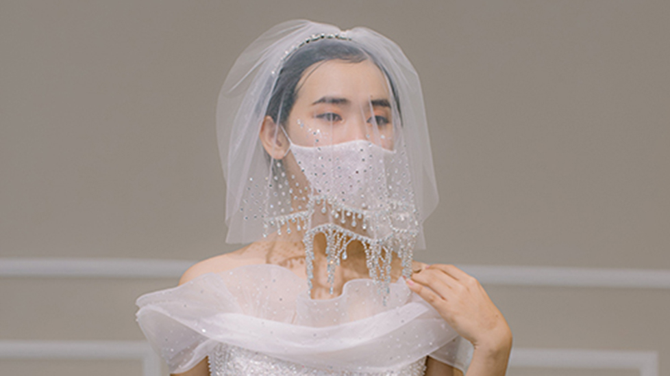 Khẩu trang điệu đà dành riêng cho cô dâu mùa covid19