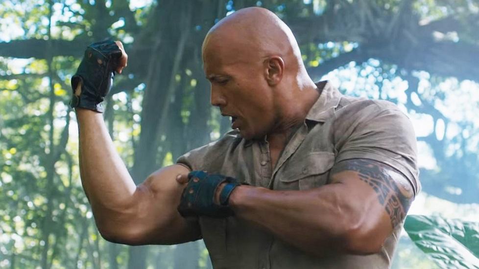 Cú đấm 'chết người' giúp The Rock hạ gục chục đối thủ