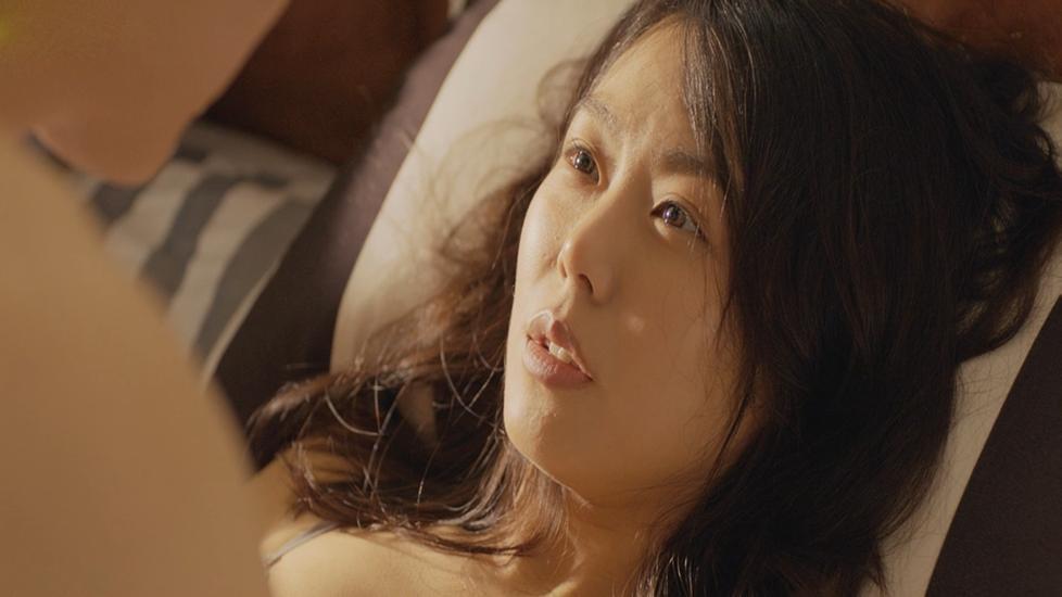 Cảnh nóng 18+ thu hút 1 triệu view bị cắt bỏ trong phim 'Cặp Đôi Oan Gia'