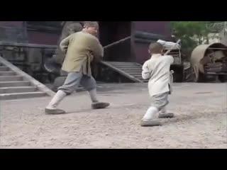 Thành Long được 'chú tiểu' dạy võ ở chùa Thiếu Lâm
