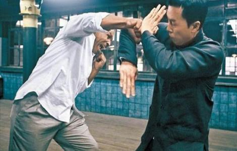 """Cao thủ Vịnh Xuân đánh bại võ sĩ đường phố khiến Mike Tyson phải """"nể"""""""