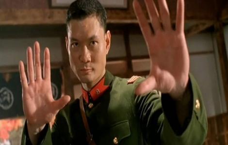 Cao thủ thực chiến trên cơ Lý Tiểu Long bị đánh bầm dập