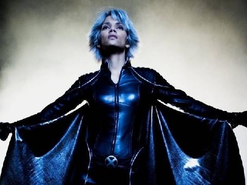 Nữ dị nhân Storm và những trận chiến nảy lửa