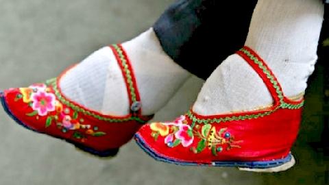 Bí mật khủng khiếp của 'bàn chân gót sen' Trung Quốc xưa