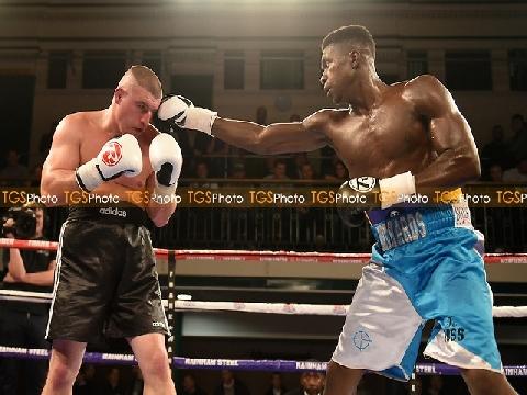 Các pha knock-out Boxing đẹp nhất tháng 11-2017 (P5)