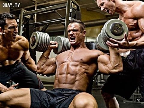 10 phút tập cho dáng đi đàn ông mạnh mẽ