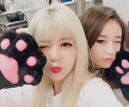 [SNL Korea] Bạn gái 3 phút Qri & Jiyeon