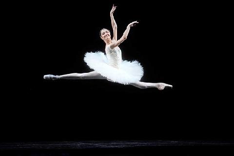 10 bí quyết giúp giữ dáng mà không cần nhịn ăn của vũ công ballet