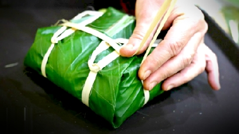 Làng bánh chưng ở Thái Bình tất bật ngày Tết