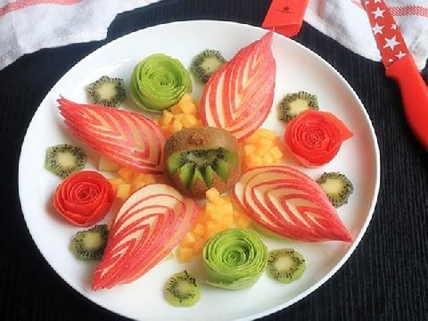 7 cách trang trí trái cây ấn tượng cho bữa tiệc đầu năm
