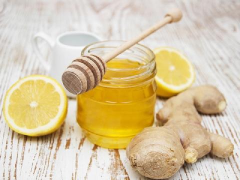 Cách ngâm chanh gừng mật ong trị ho, giải rượu