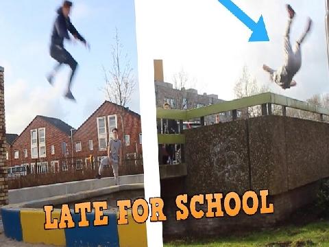 Khi bạn dậy muộn đi học và dùng Parkour đến trường!