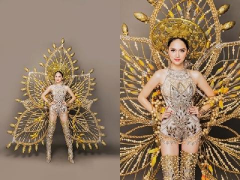 Hương Giang idol nổi bật với trang phục dân tộc 55kg