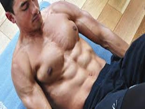 Tập chống đẩy, đu xà cho body chắc khỏe mà không cần đến gym