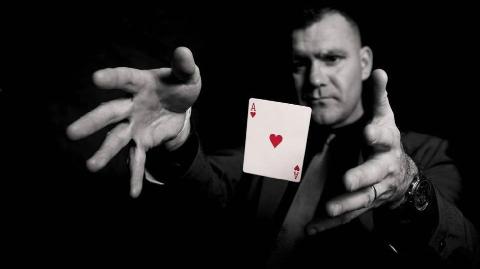 Bật mí 5 màn ảo thuật kinh điển khiến chúng ta 'đau đầu'!
