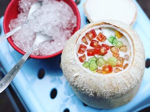 Giải nhiệt với món nước dừa trân châu cực thơm mát