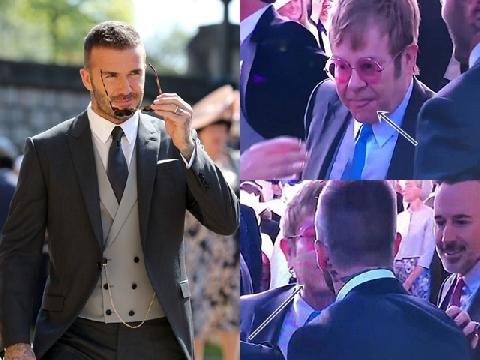 Elton John hôn David Beckham rồi tự liếm môi gây sốt tại đám cưới Hoàng gia Anh