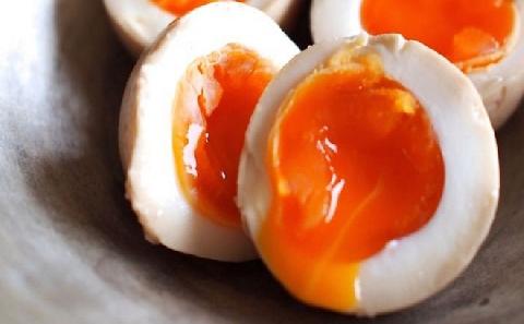 Ăn mãi không dừng trứng hấp lòng đào lạ miệng
