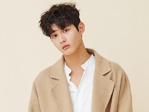 Sao trẻ Lee Seo Won dùng dao đe dọa đồng nghiệp sau khi quấy rối tình dục