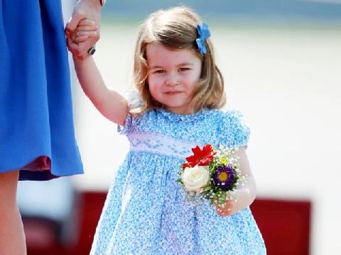 Quyền lực của công chúa nhỏ Charlottle
