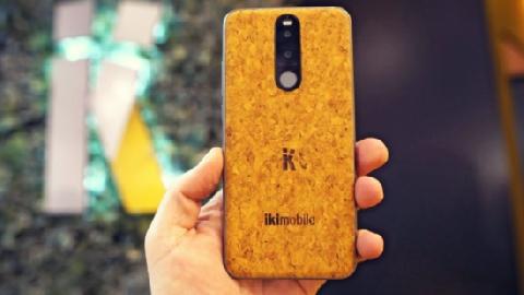 Điện thoại di động đầu tiên làm bằng vỏ cây