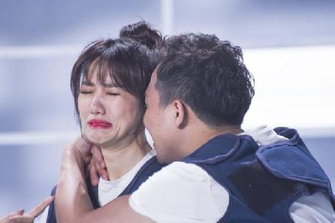 Cười banh họng vì Trấn Thành bị vợ hắt hủi