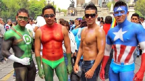Sắc màu lễ hội người đồng tính ở Đức