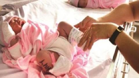 Hà Nội: Phát hiện bị trao nhầm con sau 6 năm