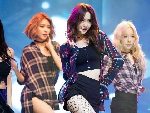 Soi những lần hát live 'đỉnh' nhất và tệ nhất của idol Kpop qua một ca khúc