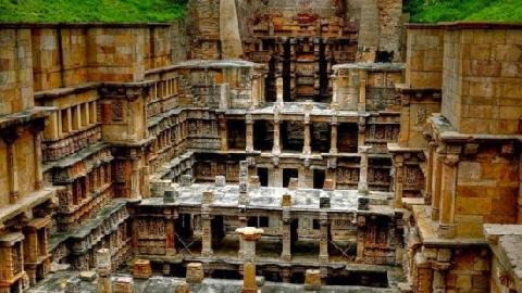 Đến thăm 'Ngôi Đền Đảo Ngược' ở Ấn Độ