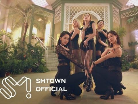 Các nữ thần Girls' Generation đã trở lại với Lil' Touch khoe vũ đạo siêu gợi cảm