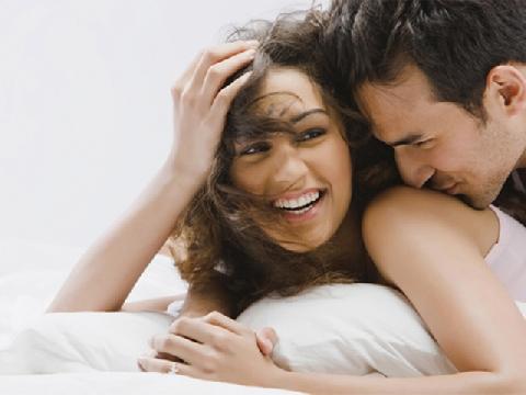 Phụ nữ đừng cố làm đẹp để giữ chồng!