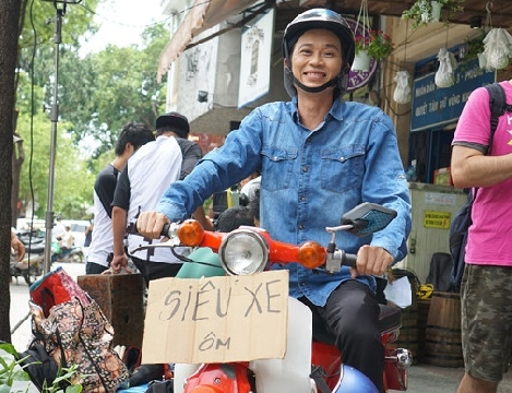 Hài Hoài Linh: Siêu xe ôm