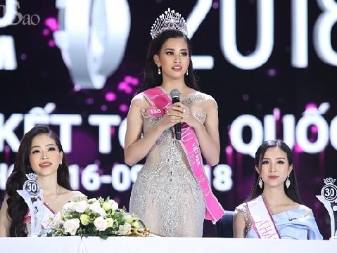 Tân Hoa hậu Việt Nam 2018 gây thất vọng vì khả năng đối thoại trước đám đông