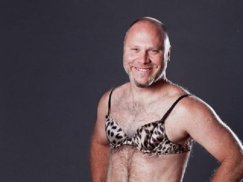 Định hình ngực để 'bưởi' to hơn, tại sao không?