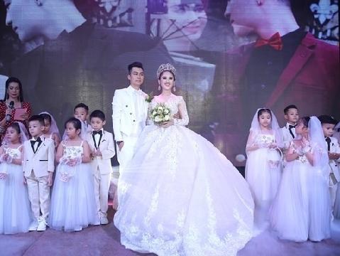Lâm Khánh Chi chia sẻ về đám cưới ''lỗ sập mặt''
