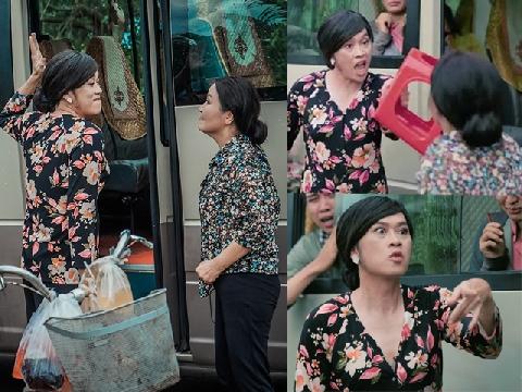 Hoài Linh 'giả gái' đi bán trà đá, đánh nhau giành khách ở bến phà