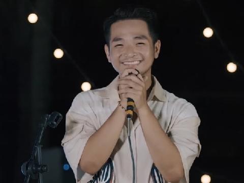 Phạm Hồng Phước làm rung cảm triệu con tim khi cover ''Tân Dòng Sông Ly Biệt''