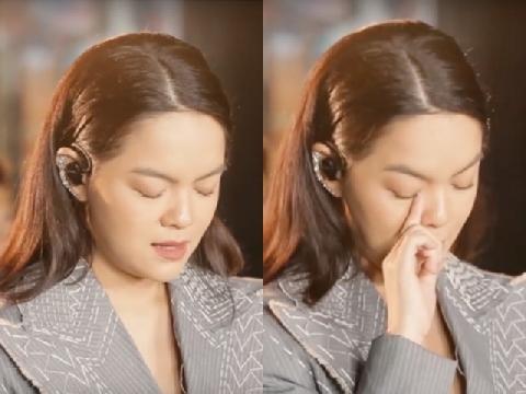 Phạm Quỳnh Anh vừa khóc vừa hát 'Tất cả sẽ thay em' hậu ly hôn
