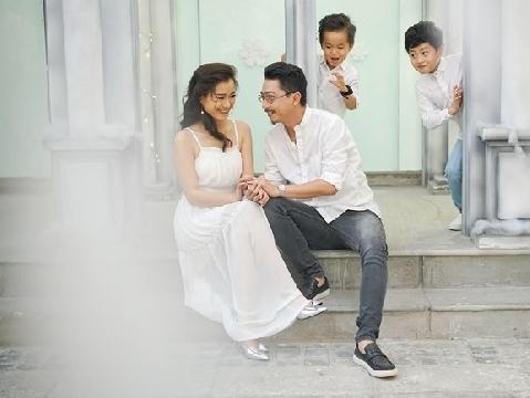 Hứa Minh Đạt nhờ ''rình'' Lâm Vỹ Dạ tắm nên mới cưới được vợ
