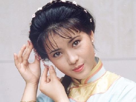 Vẻ đẹp tựa tiên sa của ''đại mỹ nhân hóa điên'' Lam Khiết Anh