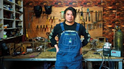 Thợ hàn trở nên nổi tiếng vì những phát minh nhảm nhí