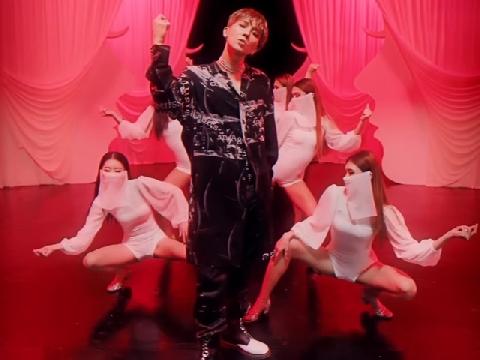 """Mino (WINNER) hóa thành """"điện hạ'' sành điệu nhất Kpop trong MV mới"""