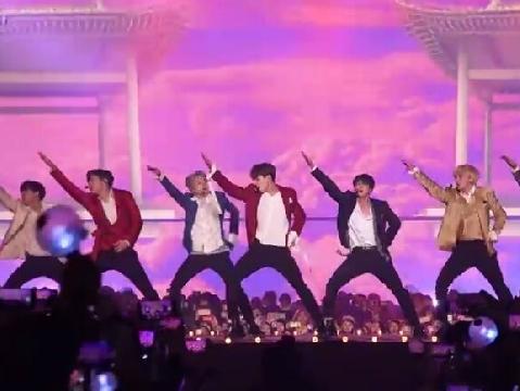 BTS mang bản hit ''IDOL'' trở lại quẩy banh sân khấu Special Stage