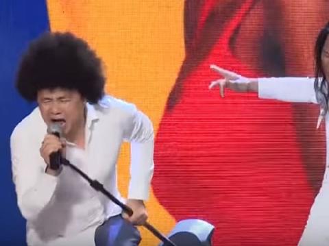 Tự Long nhảy disco cuồng loạn khiến Lê Giang cười ngất
