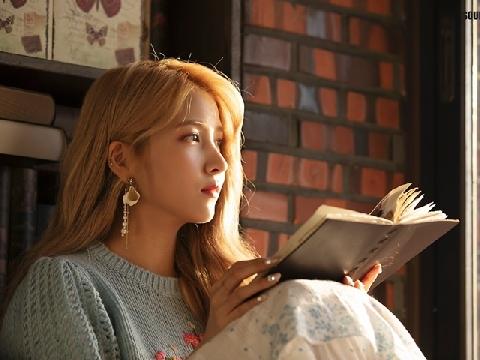 GFRIEND tái xuất xinh đẹp thần sầu trong MV mới đậm màu vintage Sunrise