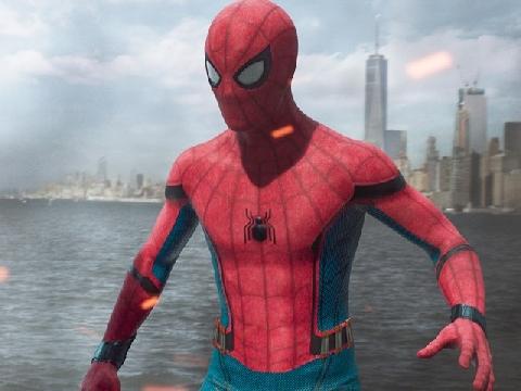 Hồi sinh sau 'Avengers 4', Spider-Man 'quậy tung' cả châu Âu