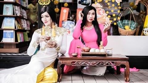 Khó đỡ với màn về quê ăn tết của chị em BB Trần - Hải Triều