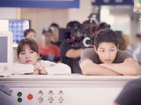 Thực hư đằng sau tin đồn Song Hye Kyo - Song Joong Ki li dị